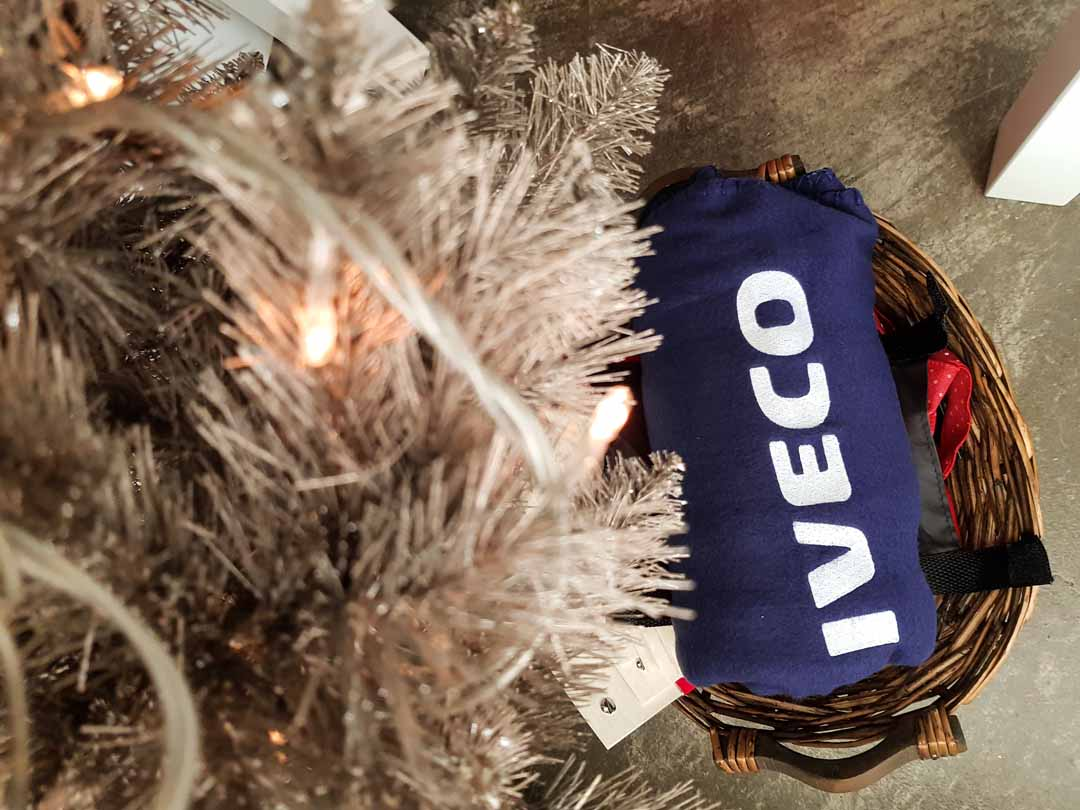 https://carpediem.bg/wp-content/uploads/2019/02/CarpeDiem-Iveco-Gifts-3.jpg